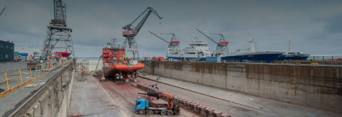 Surface protection for the shipbuilding industry and shipping companies
